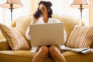 Cum sa lucrezi cat mai bine de la biroul de acasa